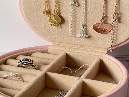 Jewelry box from Poppy Kitten Designs